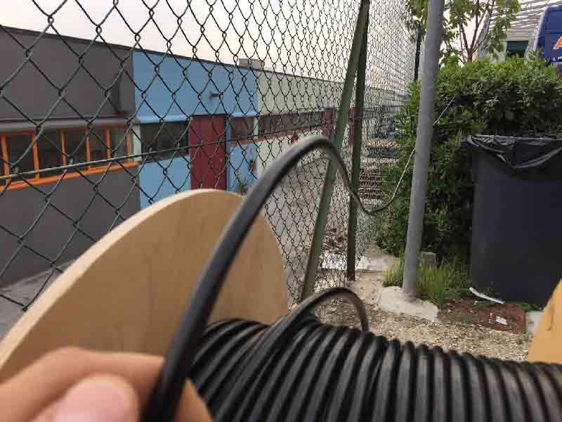 Fissaggio cavo microfonico per recinzioni 3
